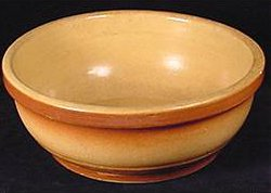 Thick yellow clay bowl with banded marks from Ohio – yellowware.