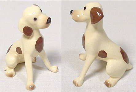 Curious beagle with cocked head. Dog figurine by Hagen Renaker.