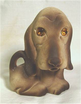 Foxhound figurine with inset sparkling eyes by Roselane.